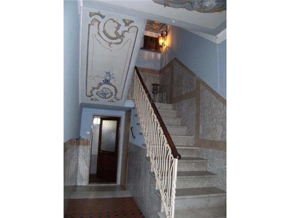 Carrara Vendita Villa Avenza rif: 676