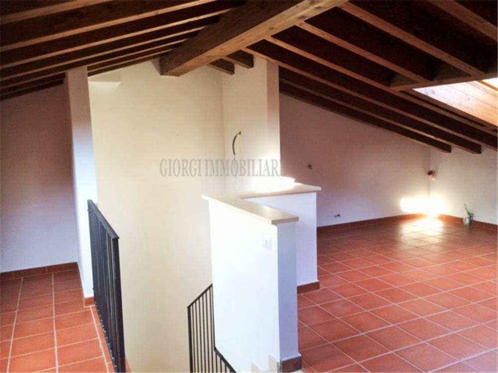 Montignoso Vendita Villa QuadriFamiliare Renella rif: 735