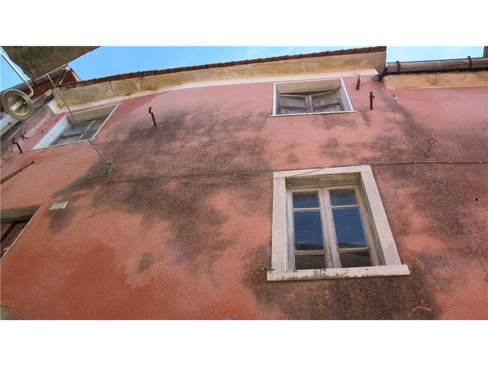 Carrara Vendita Rustico-Casale-Corte Castelpoggio rif: 741