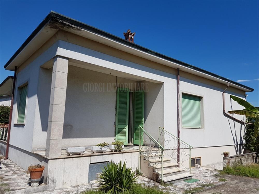 Massa Vendita Casa Indipendente Quercioli rif: 1034