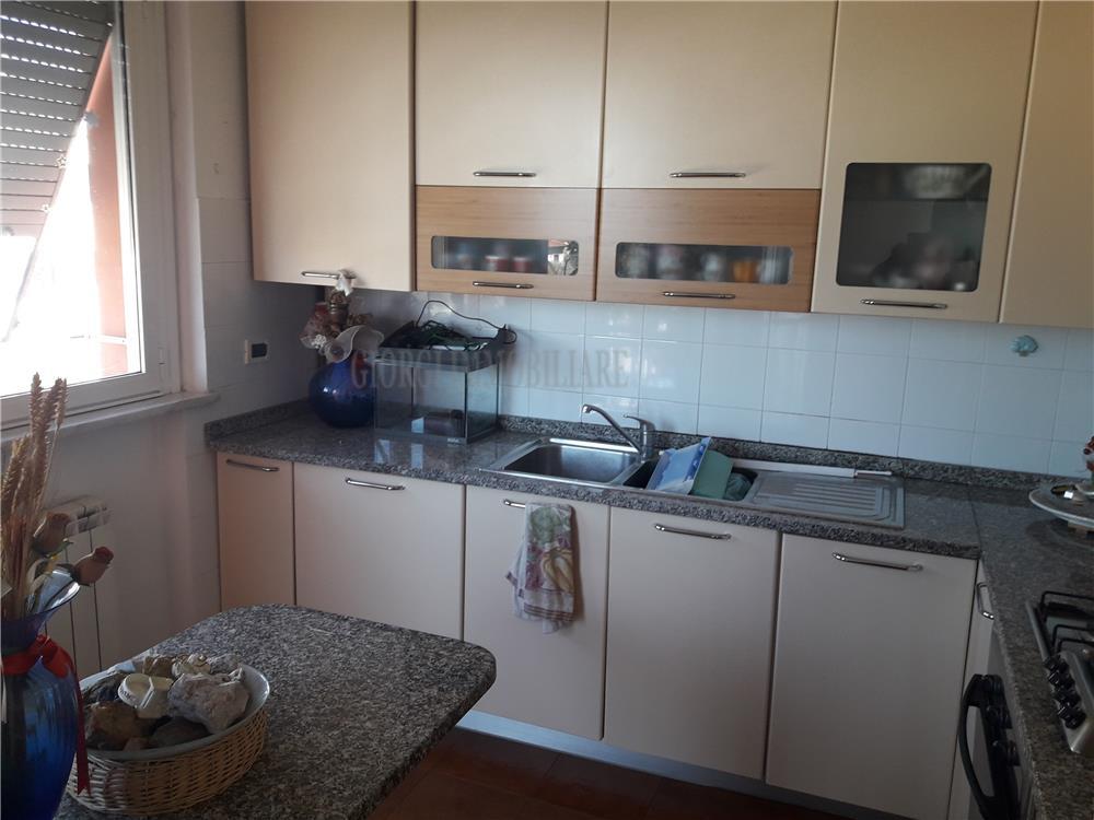 Massa Vendita Appartamento La Zecca rif: 1064
