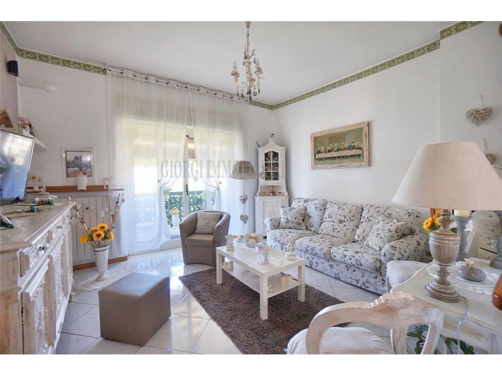 Massa Vendita Appartamento Poggioletto rif: 1289