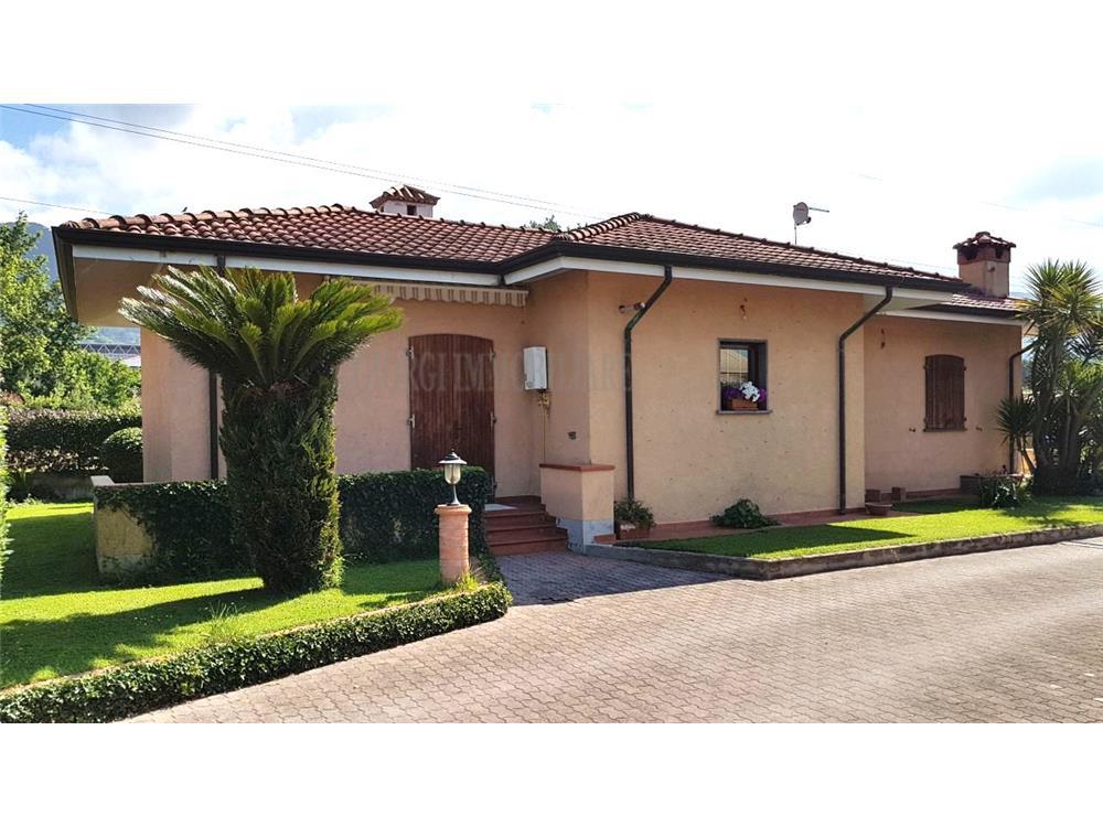 Massa Vendita Villa Singola Turano rif: 1304