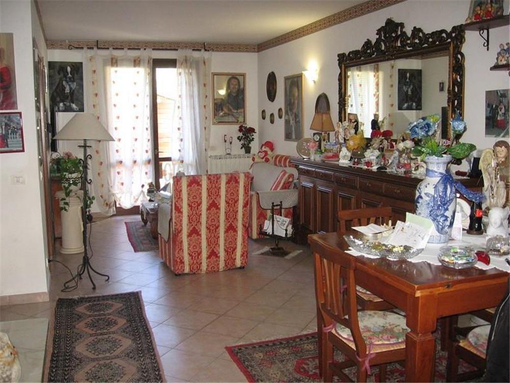 Carrara Vendita Villa a Schiera Bonascola rif: 1345