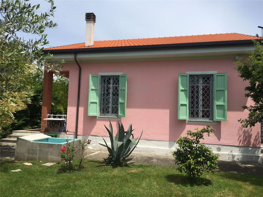 Massa Vendita Villa Singola Ronchi rif: 1347