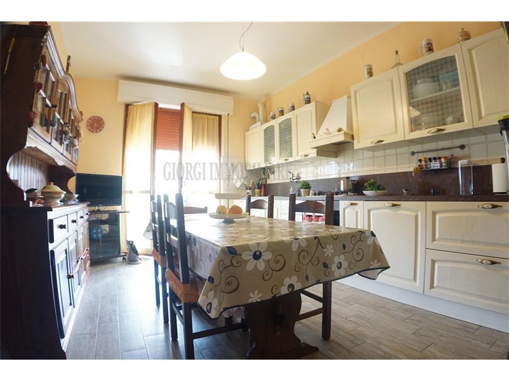Massa Vendita Appartamento Romagnano rif: 1369